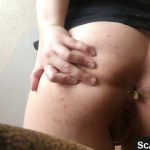 Girl With Nice Thick Ass Shits On Live Webcam For Us All At Home Watching Her Webcam