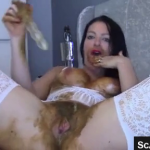 Hot Live Scat Girl Shits And Smears Scat All Over Her Body And Hairy Pussy Before Masturbating